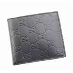 GUCCI(グッチ) 二つ折り財布 146223 A0V1R 1000 GG型押しソフトカーフ (ブラック)【送料無料】