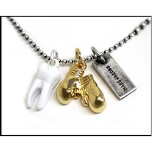 MARC BY MARC JACOBS(マークバイマークジェイコブス) Charm Necklace ネックレス バリエーション Knock Out 123308