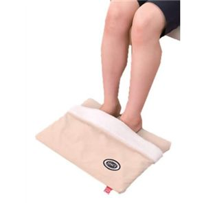 電気いらずのぬくぬくレッグマット 足袋タイプ ベージュ - 拡大画像
