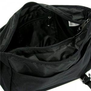 EASTPAC(イーストパック) ナナメガケバッグ AUTHENTIC K077 8 ブラック H25.5×W33.5×D11.5の写真2