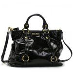 MIUMIU�ʥߥ奦�ߥ奦�� �ϥ�ɥХå� VITELLO SHINE��PELLE RN0684 2 �֥�å�