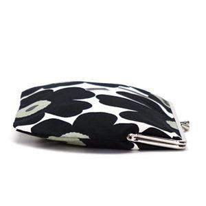 marimekko(マリメッコ) ポーチ  37773 30 WHITE/BLACK/OLIVE