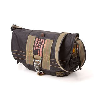 パラショルダーバッグ NVBS099TN ブラック