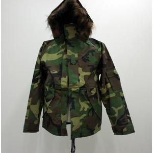 アメリカ軍ECWCS-1ジャケット復刻版 ファー付き MM-10411 ウッドランドカモ M (日本サイズL) - 拡大画像