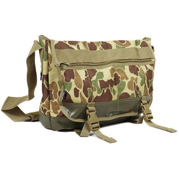 アメリカ軍 メッセンジャーバッグ/鞄  20 L  ポリエステルキャンバス地/ラバー 防水加工 B S124YN ダックハンタ  レプリカ