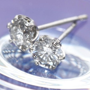 K18ホワイトゴールド 0.5ctダイヤモンドピアス