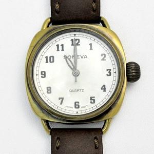 ビッグフェイスアンティーク風時計 ブラウン/アイボリー h01