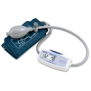 上腕式血圧計 UA-704 - 拡大画像