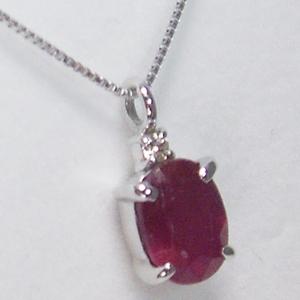 《地球遺産シリーズ》シルバー1.0ctup ルビーダイヤモンド入りネックレスの写真1