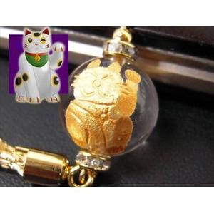 《小判が降り注ぎ商売繁盛》大玉金彫り 招き猫水晶 縁起物ストラップ《パワーストーン・天然石》 - 拡大画像