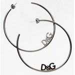 D&G(ディーアンドジー) ラウンドロゴピアス(ガンメタ) DJ0957 税込5,460円