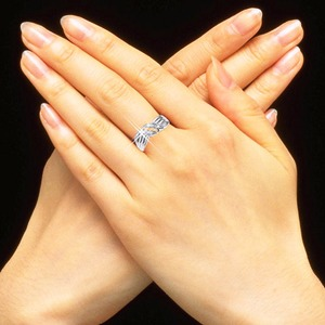 ダイヤリング 指輪ウェーブデザインリング 9号 h03