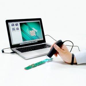 ミヨシ(MCO) ワンタッチでピントを自動調整出来るオートフォー力ス機能搭載 USB顕微鏡 UK-03