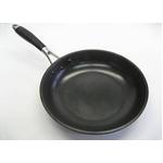 【鉄鋳】【22cm】軽量鉄鋳物フライパン FE宣言 1個3,200円(税込)