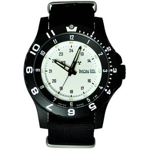 【送料無料】 TRASER(トレーサー) 腕時計 ミリタリーウォッチ TYPE 6 MIL-G P6600.41F.C3.07