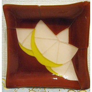 ステンドグラスとフュージングの融合♪ グレープフルーツのお皿