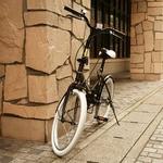 20インチ折畳自転車カラータイヤモデル ブラック×ホワイト