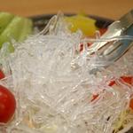 【お中元用 のし付き(名入れ不可)】キラキラパリパリ 「海藻クリスタル」 サラダちゃん70g×20袋セット