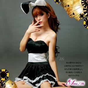 【クリスマスコスプレ】 キュートなウサギさん♪黒×白サンタバニーガール z669-1