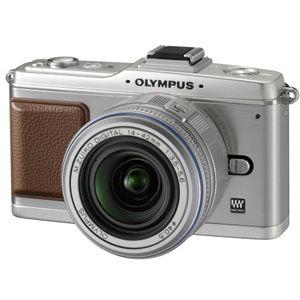 オリンパス デジタル一眼カメラ オリンパス ペン レンズキット(シルバー) OLYMPUS PEN E-P2[ E-P2レンズキツト(シルバ-) ]