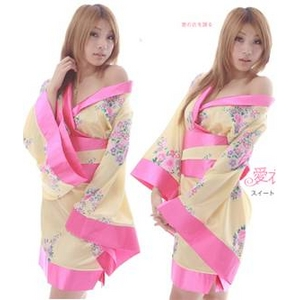 コスプレ 3色★豪華な花柄着物コスプレ/浴衣 黄色 - 拡大画像