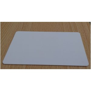 無地プラスチックカード/オフィス用品 【100枚セット 厚さ0.5mm】 薄め クレジットカードサイズ 材質:PVC 日本製