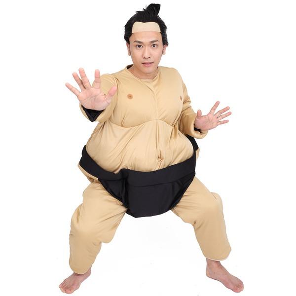 相撲力士の着ぐるみ