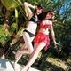 2012新作水着☆たっぷりフリルでsweetガール♪パレオスカート付きビキニ3点セット(黒M)