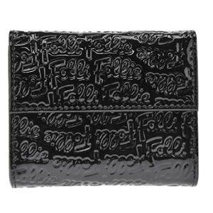 FOLLI FOLLIE(フォリフォリ) ロゴマニア ロゴ型押し 小銭入れ・パスケース付 三つ折財布 ブラック WA0L027SK BLK - 拡大画像