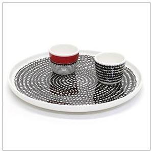 marimekko(マリメッコ) SIIRTOLAPUUTARHA EGG CUP 2 PCS 065804 193 white/black/red 手描き風ドットデザイン エッグスタンドカップ 2個セット