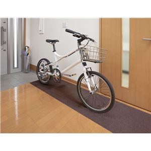 サンコー おくだけ吸着 自転車置きマット BR ブラウンの詳細を見る