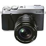 富士フイルム レンズ交換式プレミアムカメラ X-E2 <ズームレンズキット>:シルバー X-E2S/1855KIT