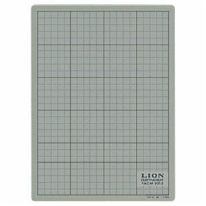 (まとめ) ライオン事務器 カッティングマット 再生PVC製 両面使用 300×220×3mm 灰/黒 CM-3012 1枚 【×4セット】