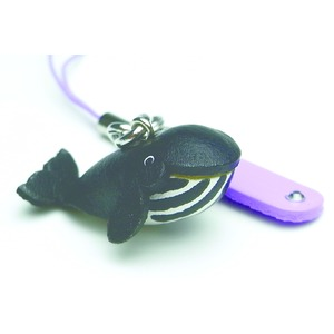 日本製牛革仕様のハンドメイドアニマルストラップ/クジラ