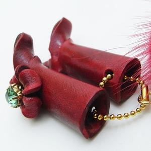 日本製牛革仕様のハンドメイドストラップ(ブーツ) レッド