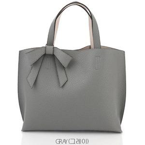 柔らか素材のリボンチャーム2WayバッグM/グレイの関連商品3