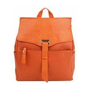 パカっと開く大きな口から荷物がどっさり!型押しリュック/オレンジ h01