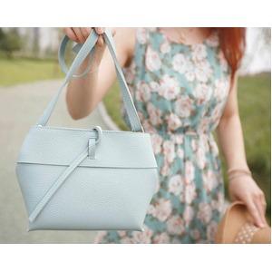 スタイルもカラーも優しい雰囲気を演出できるショルダーバッグ/ミント