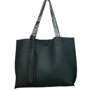 くったり柔らかい♪ビジネスにも普段使いにも使える持ち手長めのトートバッグ/ブラック
