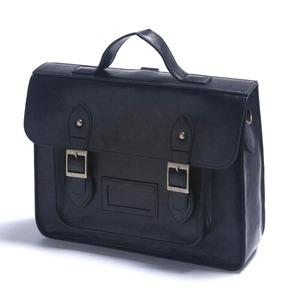通勤や通学に。学生カバンのようなクラッシックなハンドバッグ/ブラック h01