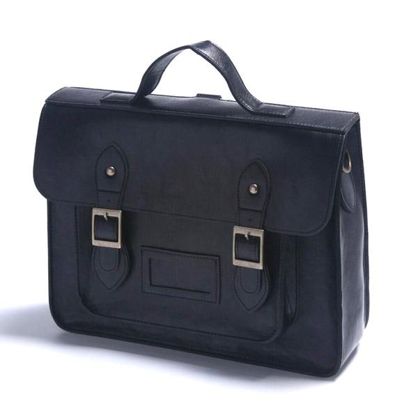 通勤や通学に。学生カバンのようなクラッシックなハンドバッグ/ブラックf00