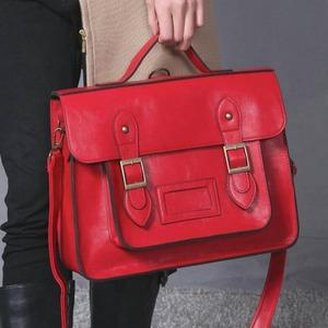 通勤や通学に。学生カバンのようなクラッシックなハンドバッグ/ブラック f05