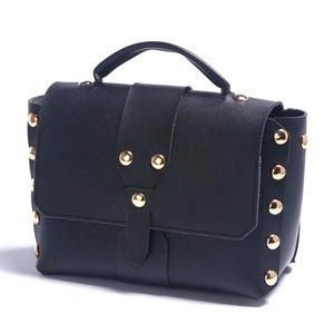 上品な丸スタッズ使用♪マチ広めの2WAYハンドバッグ/ブラック