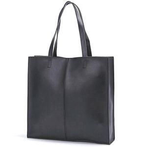 ビジネスにもカジュアルにも!カッチリ正方形のシンプルトートバッグ/ブラック