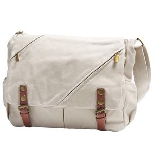 ナチュラルテイスト♪ポケットいっぱいのくったりショルダーバッグ/ホワイト f05