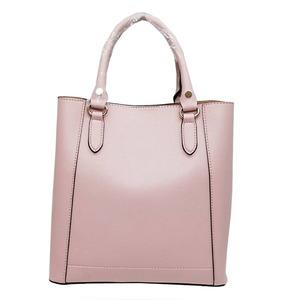 仕切ポケットがついたマチが広い柔らか素材の2Wayハンドバッグ/ピンク h01