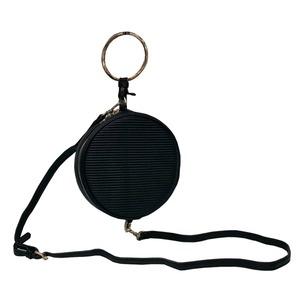 リングが持ち手の丸いショルダーバッグにもなるハンドバッグ/ブラック h02