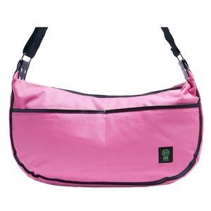 前ポケット付♪三日月型の大きめショルダーバッグ/ピンク
