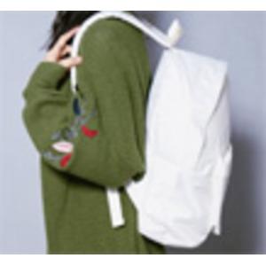 刺繍がアクセント♪前ポケット付軽量ラウンドリュック/フラワーガールベージュ