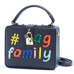 パーティーバッグにも使える刺繍で描いたボックス型のハンドバッグ/ファミリー